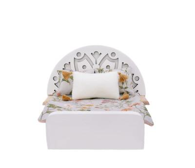 Large bed (Patterns)