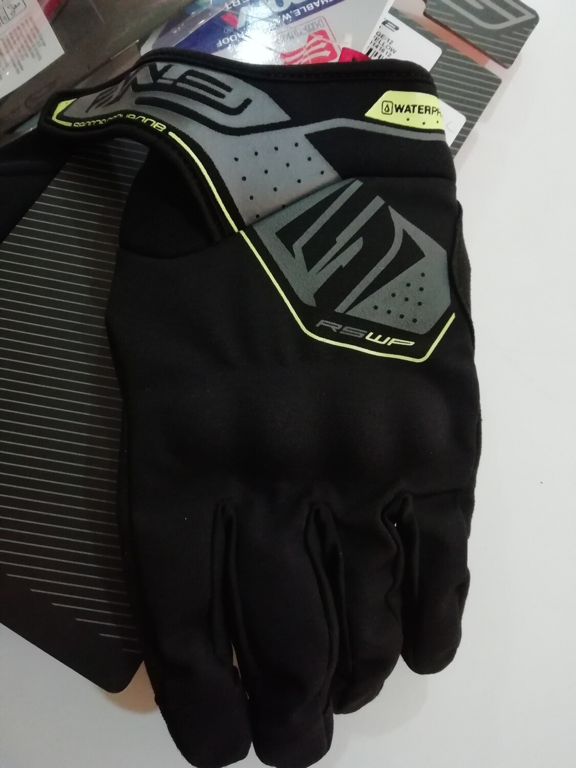 Guanto Five RS WP nero giallo XXL-12
