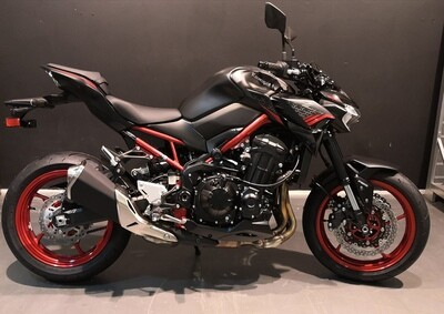 Z900 2021 BLACK RED