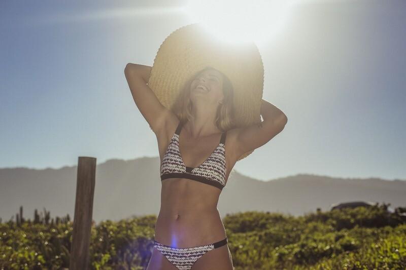 Lara Bikini