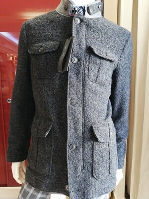 Giacca corta lana