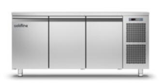 Стол морозильный Apach Chef Line LTFMGN111T