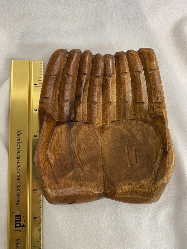 Wood display hand