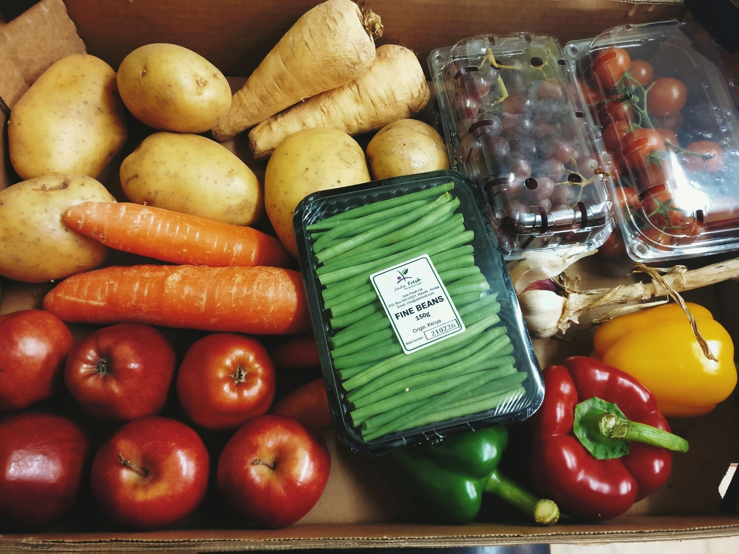 4 Person 'Shop Local' Grocery Box