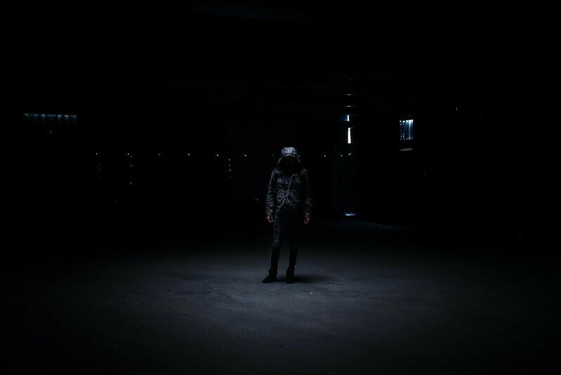 Dans l'œil d'ombre