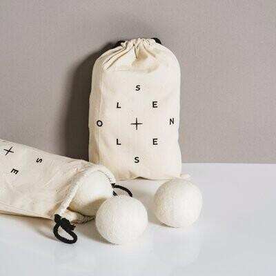Bag of 6 white dryer balls