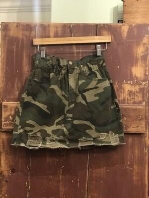 Camo skirt with elastic waist