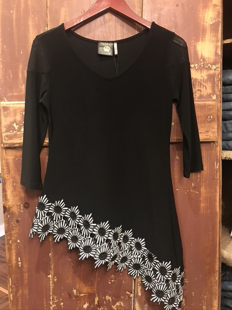 Milano Assymetric Top with Daisies