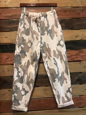 Camo Joggers - One Size