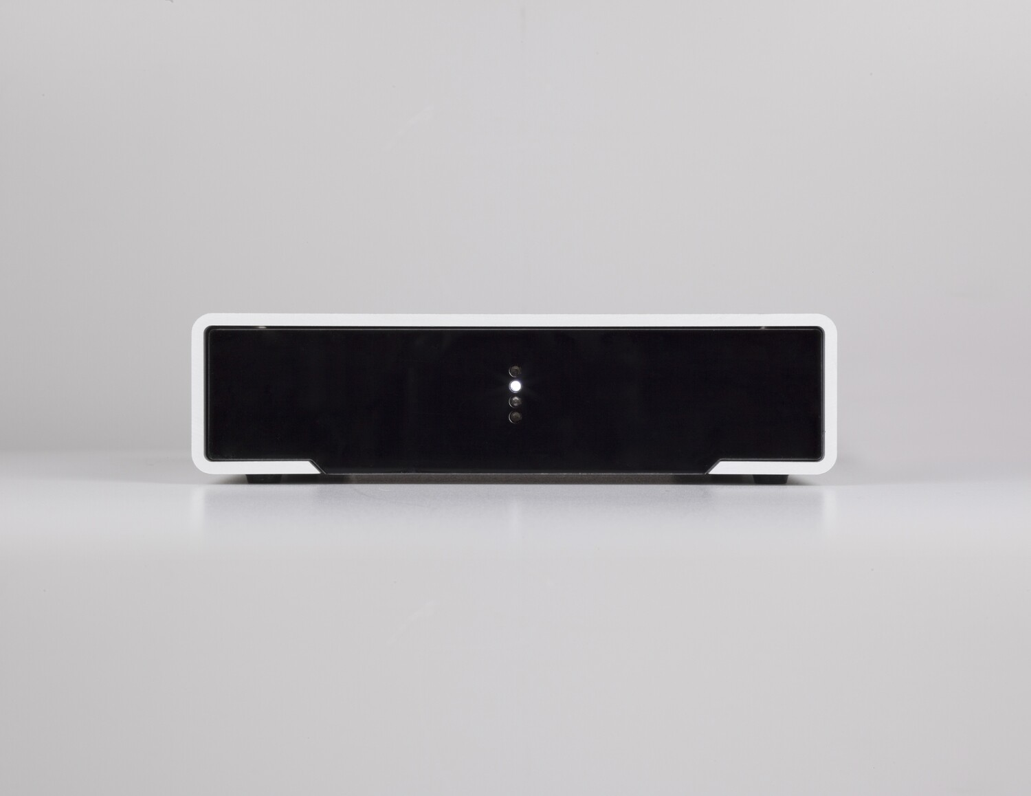 M2Tech Crosby power amplifier