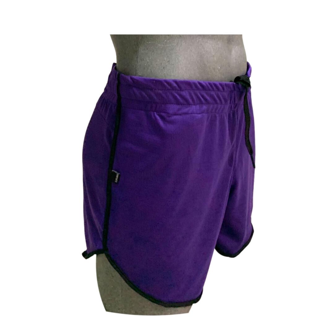 Shorts para caballero cómodos, modelo violeta