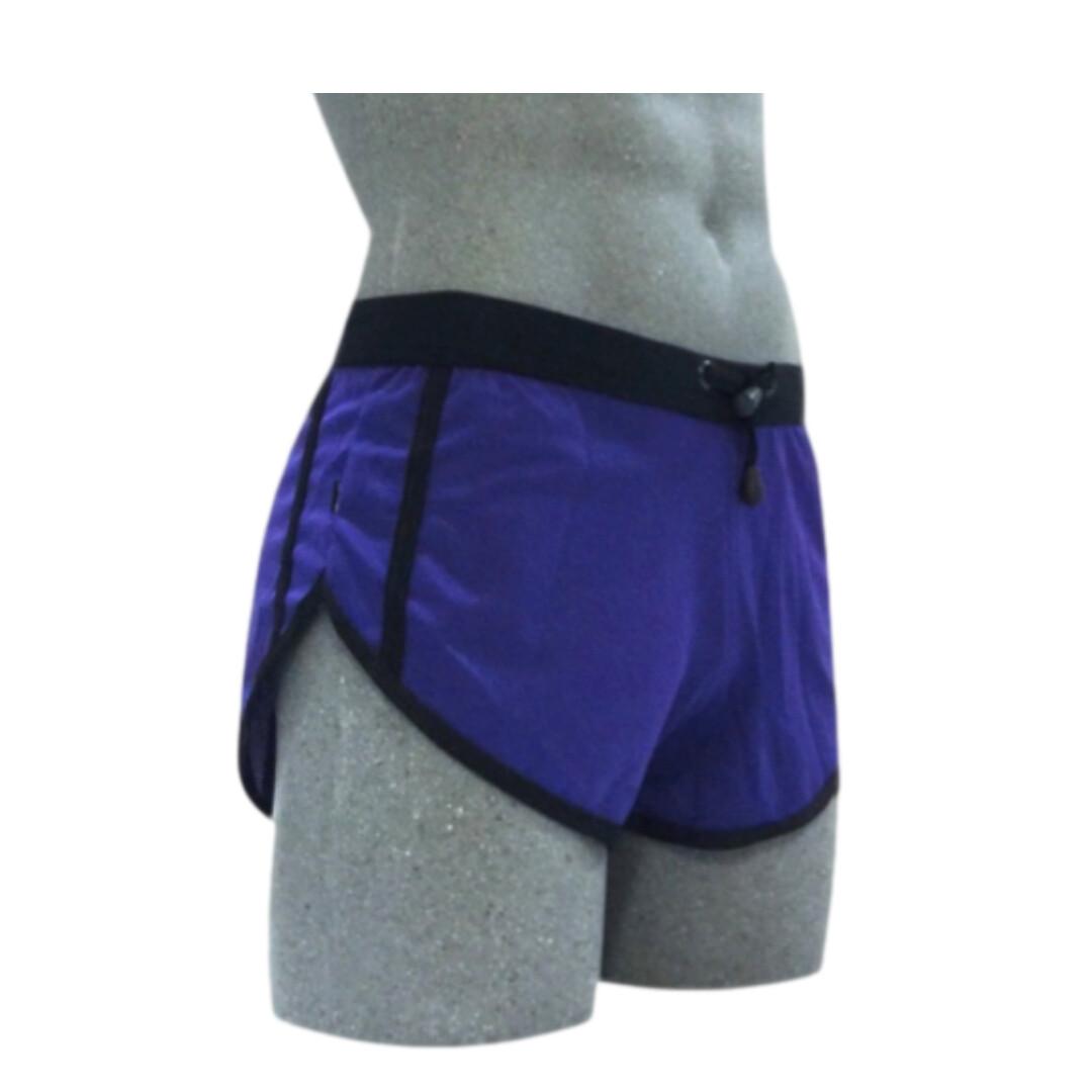 Short corto hombre modelo original violeta