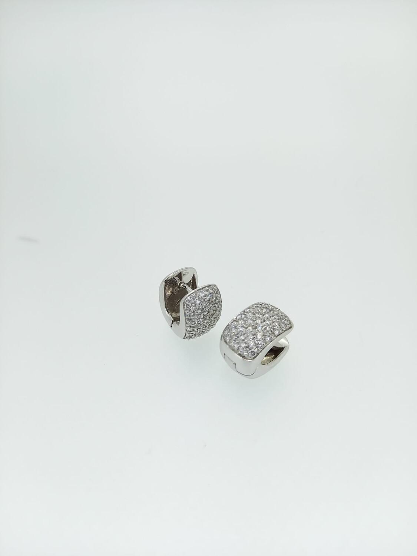 Pendientes de oro blanco y diamantes talla brillante