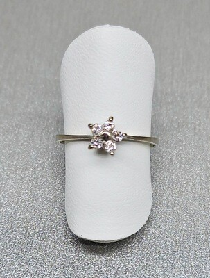 Sortija estrella de diamantes talla brillante, 0,15ktes de peso
