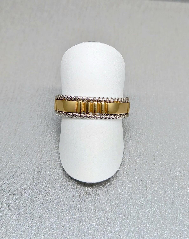 Alianza de boda de oro de 18 ktes bicolor, oro amarillo y oro blanco