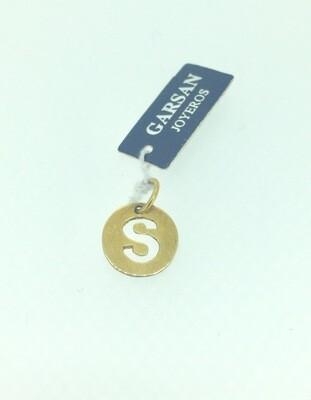 Colgante de plata bañada en oro, letra S