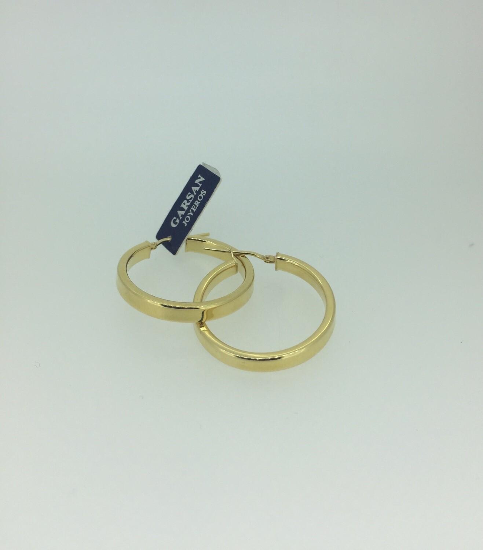Pendientes de plata bañados en oro, aros tamaño mediano 20mm, disponibles desde 12mm hasta 30mm, también sin baño de oro amarillo.