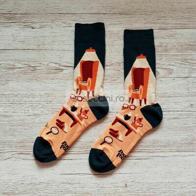 Sosete lungi colorate cu model relaxare acasa, sosete vesele relaxare acasa happy socks
