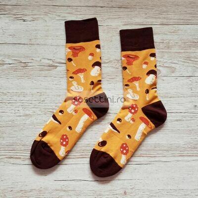 Sosete lungi colorate cu model ciuperci, sosete vesele ciuperci happy socks