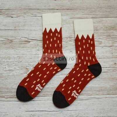 Sosete lungi colorate cu model coada de vulpe, sosete vesele coada de vulpe happy socks