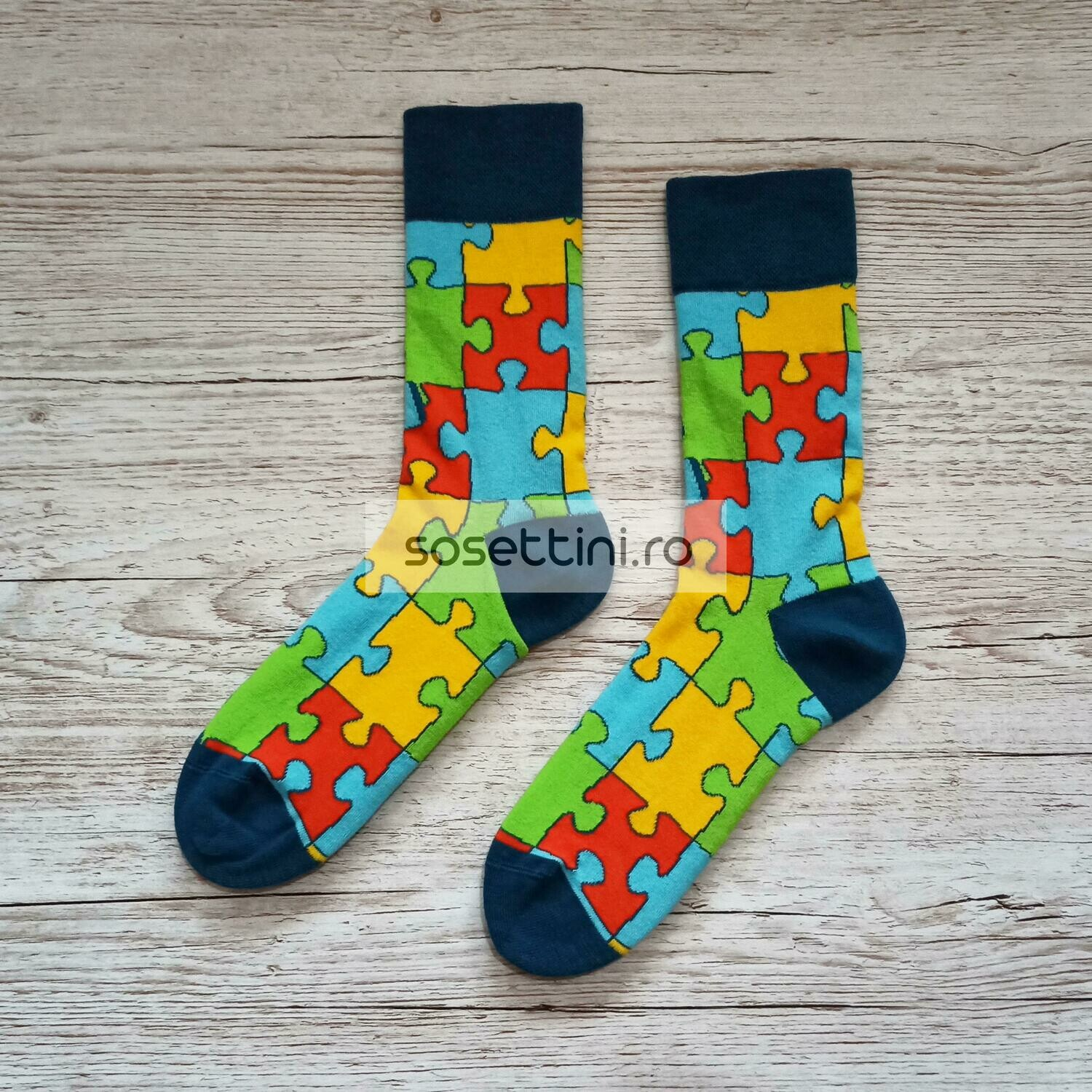 Sosete lungi colorate cu model puzzle, sosete vesele puzzle happy socks