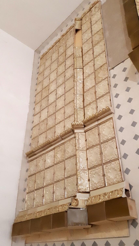 Карниз большой (Кузнецовская коллекция), рельефный, с золотом. Размер 195х150х135 мм