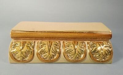 Карниз малый (Кузнецовская коллекция), рельефный, с золотом. Размер 195х55х85 мм
