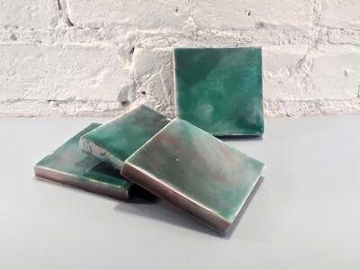 Изразцовая зелено-красная плитка. Для фасада, кухни, камина, пола. 100х100х14мм