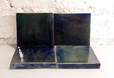 Изразцовая сине-черная плитка. Для фасада, кухни, камина, пола. 100х100х14 мм