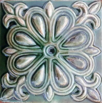 Плитка из русской коллекции . Для кухни. 100х100х7мм