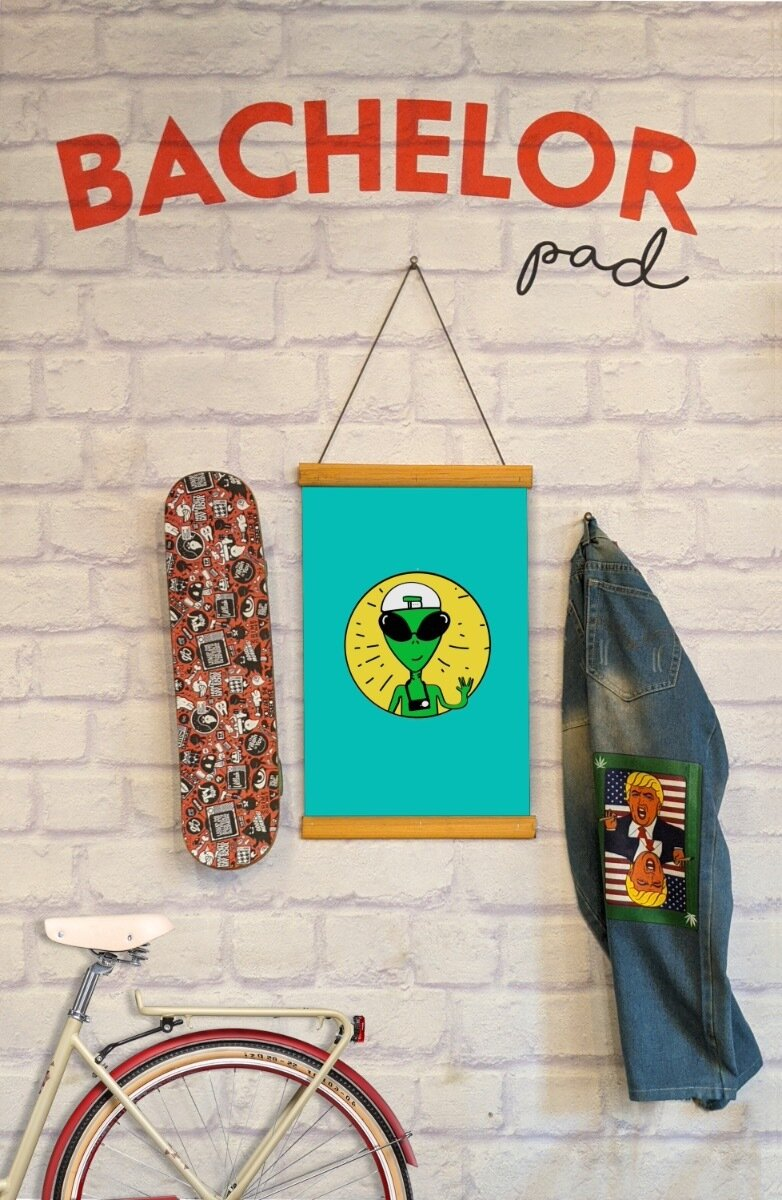 Backpacking Alien Clip Canvas