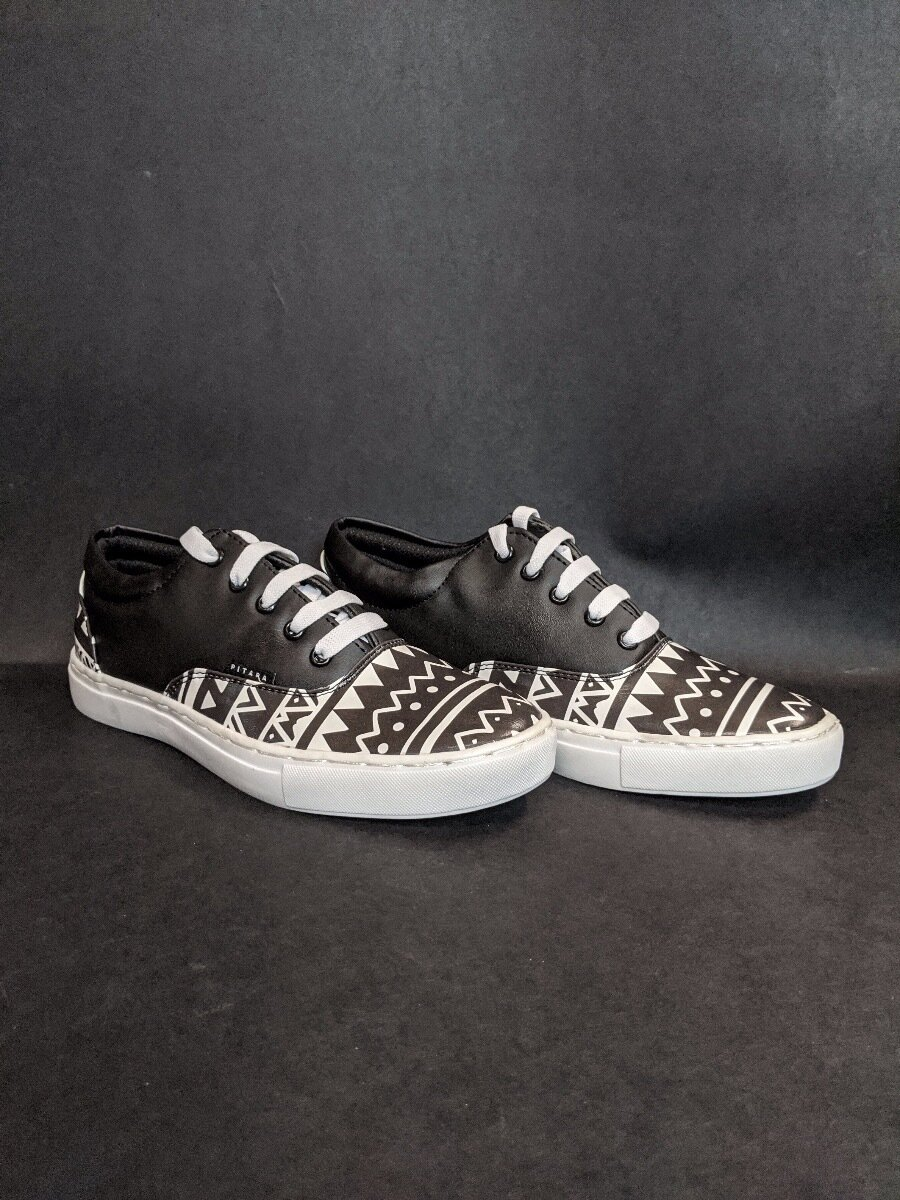 Aztec Black Printed Shoes