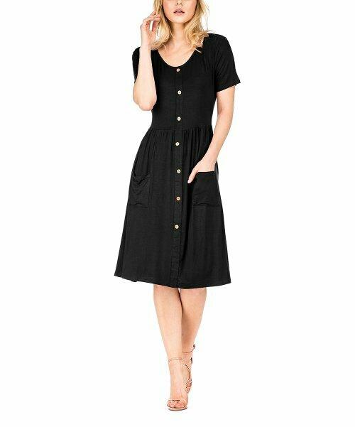 Haute Edition, Черное платье-трапеция с короткими рукавами на пуговицах