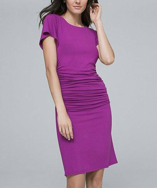 Фиолетовое платье-футляр со сборками и драпировкой по бокам, White House Black Market