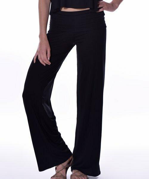 Pastels, Черные широкие брюки