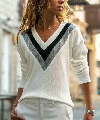 New Laviva, серый свитер с V-образным вырезом