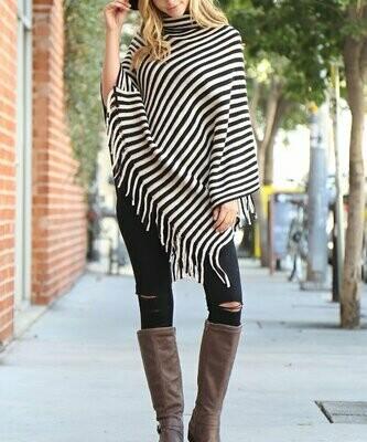 Riah Fashion, Пончо в черную полоску