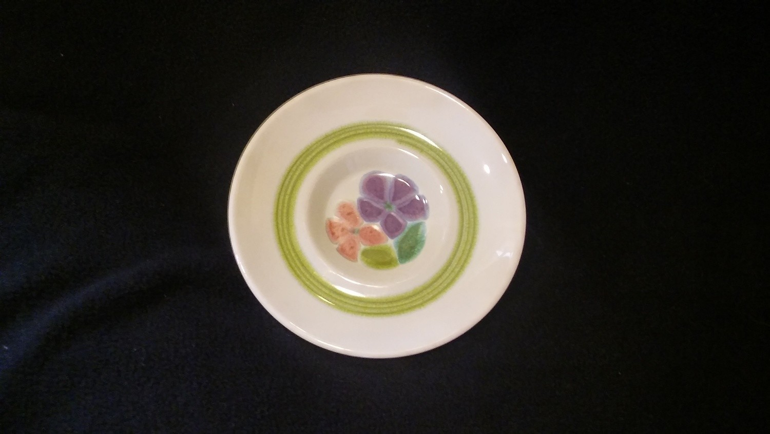 Franciscan Earthenware, Floral Pattern, Saucer 5 3/4""