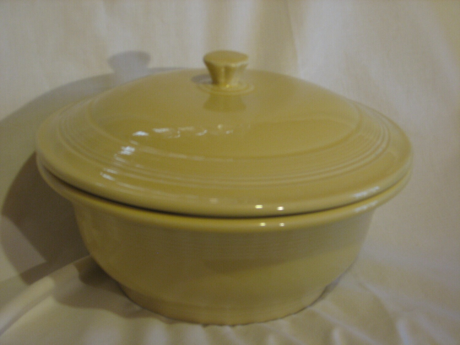 "Fiestaware by Homer Laughlin Serving Bowl With Lid, 9.25"" Wide, Yellow Vintage"