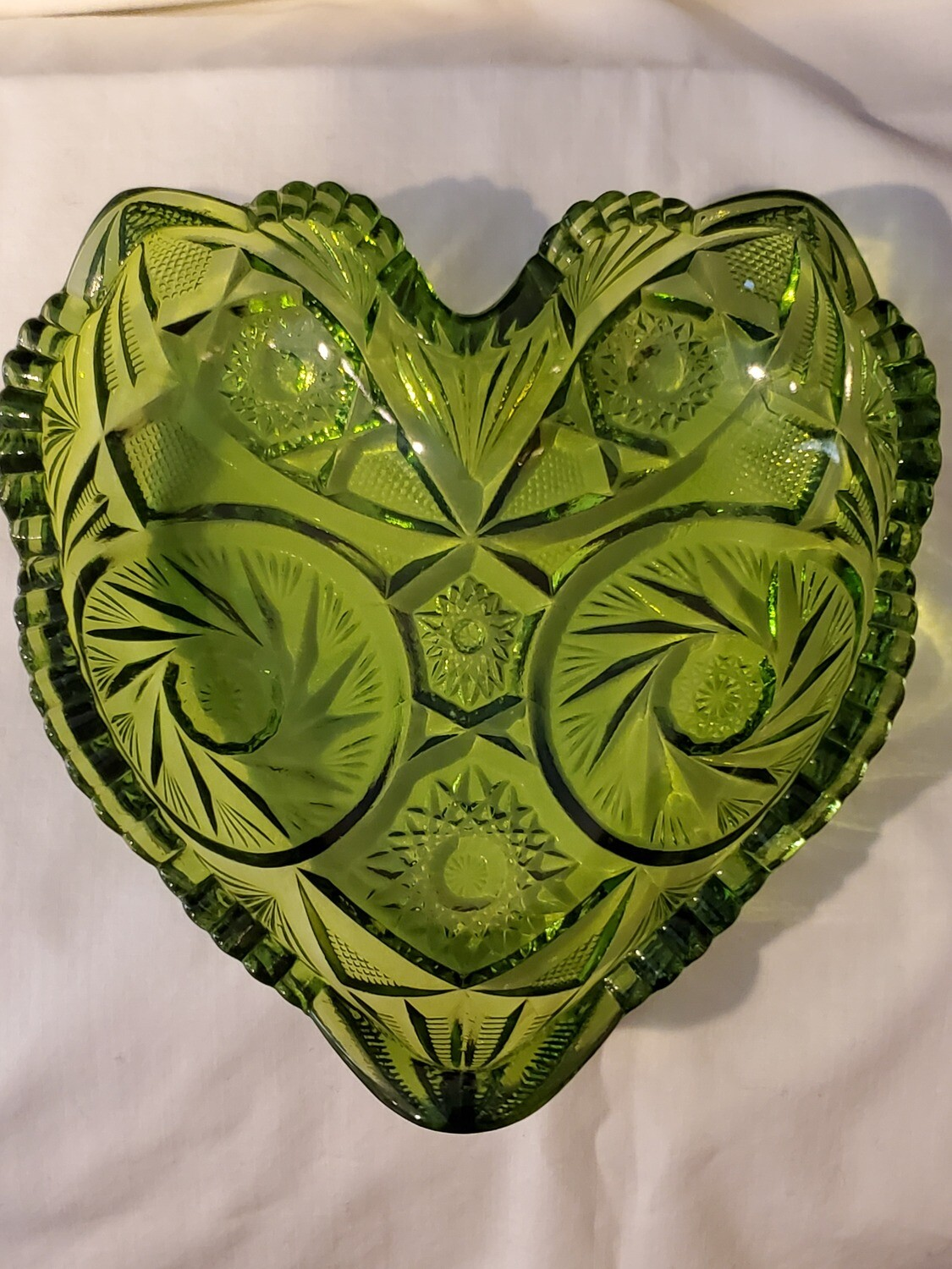 "Fenton, Vintage Heart Shaped, Green Carnival Glass, 6 1/4"" x 6 1/4"""