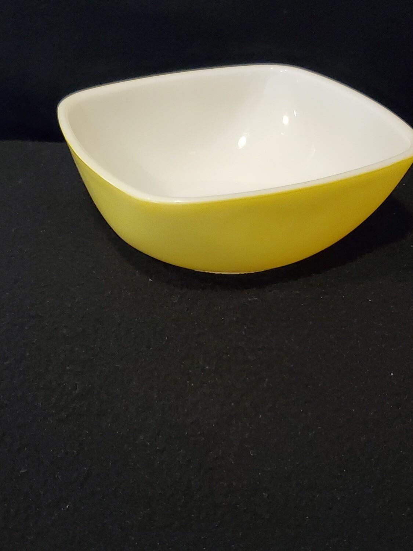 "Pyrex, Ramekin 12 oz., Square Dish 4 5/8"", Bright Yellow"