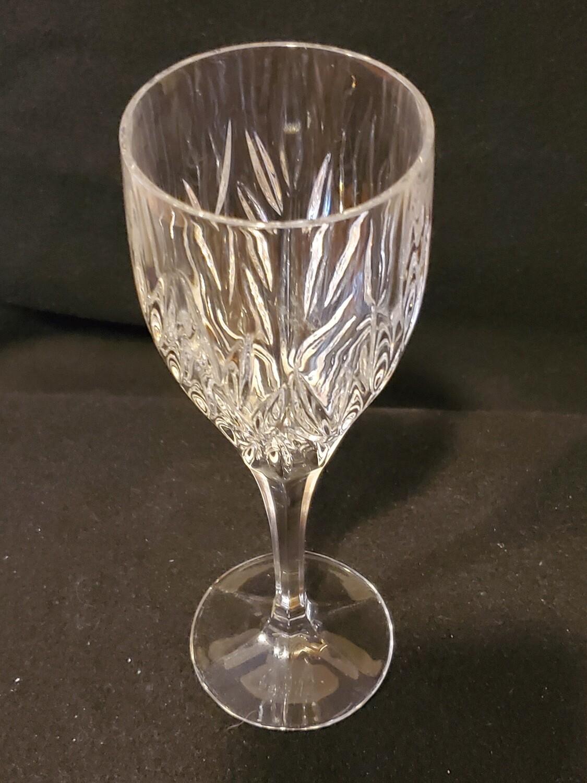 "Gorham Crystal, Star Blossom, Wine Glass 8 1/8"""