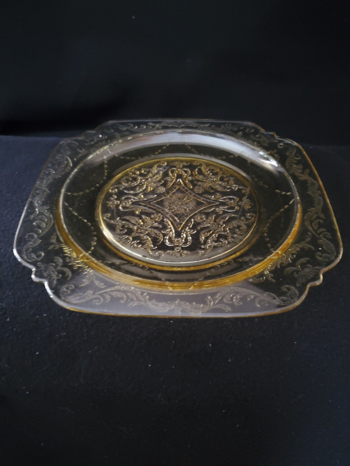 """Vintage Madrid Amber Depression Glass, Luncheon Plate 8 7/8"""" by Federal Glass"""