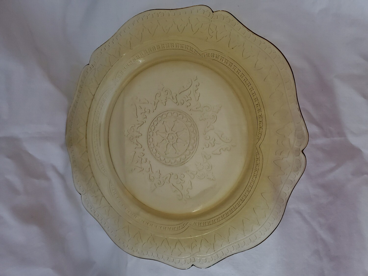 """Vintage, Luncheon Plate 9 1/4"""", Patrician Amber Depression Glass by Federal Glass"""