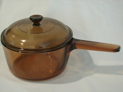 Corning Ware Visions 1.5 Qt Saucepan W/Lid,  Amber