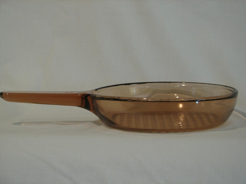 """Corning Ware Visions 10 3/4"""" Fry Pan Skillet, Waffle Bottom, Amber, France"""