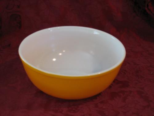 Pyrex 4 Qt 404 Orange Friendship Mixing Bowl Collectible Kitchenware
