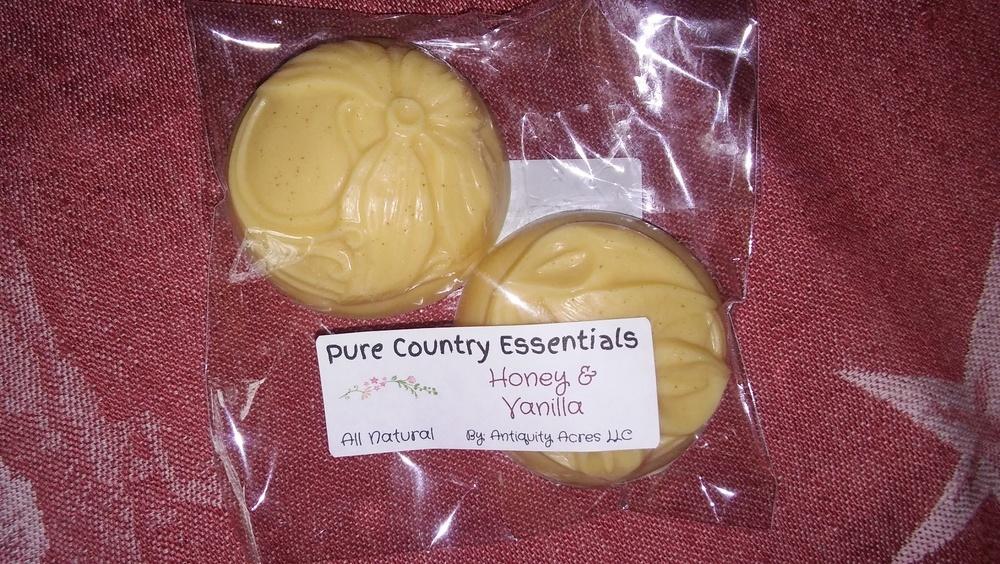 Pure Country Essentials Soap, Goats Milk, Honey & Vanilla Fragrance, Floral Design