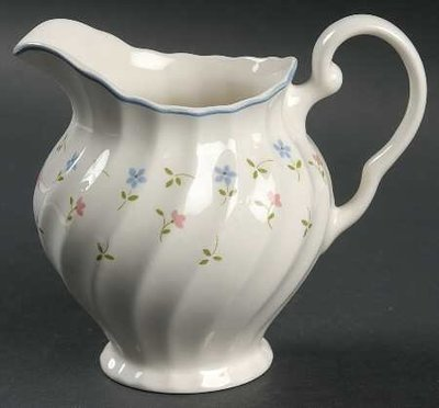 Johnson Brothers, Creamer, Melody Pattern