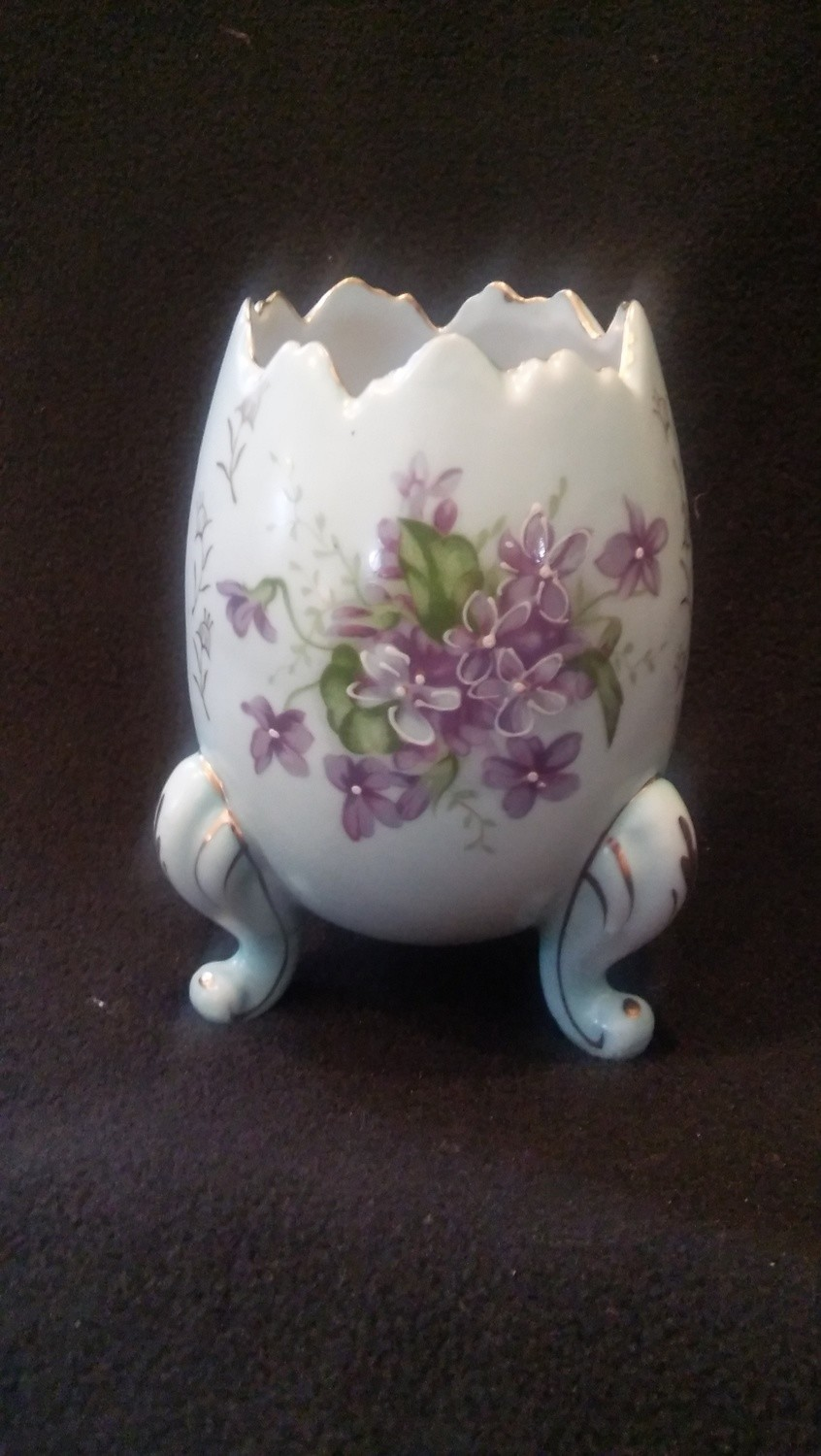 Inarco Porcelain Egg Vase, Hand Painted Blue Floral Design With Gold Trim, Three Footed